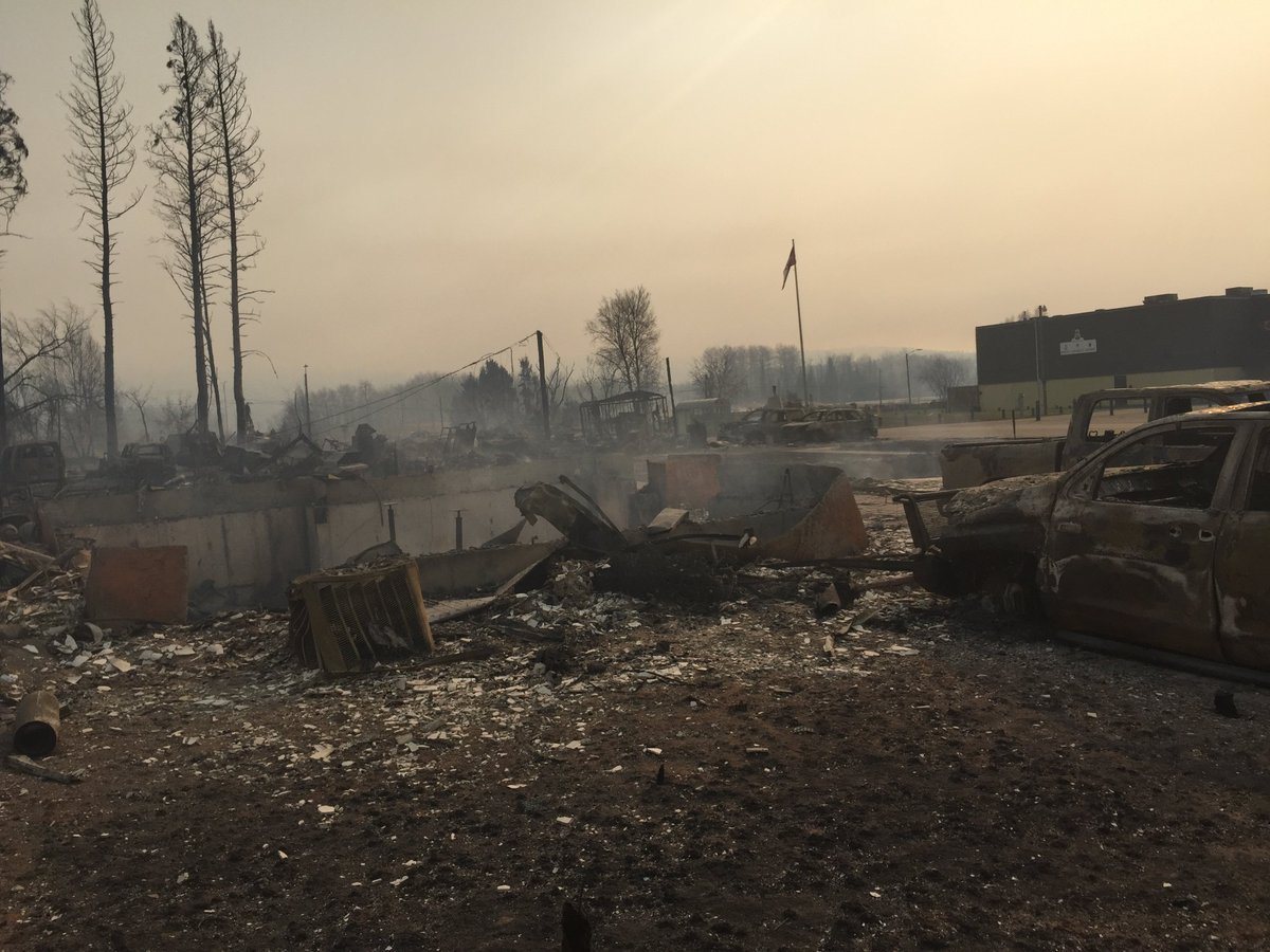 Wildrose Leader @BrianJeanWRP shares what's left of his home. Heartbreaking. #ymmfire #FortMacFire #ableg https://t.co/sq0HB1aQ9Y