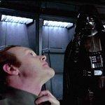 A la que hizo el desplante al poeta Franco, hay que hacerle la de Darth Vader https://t.co/fN6kfnPVjD