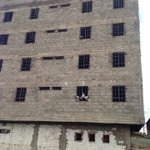 Disaster in waiting? Is this building in Hamza,Makadara approved by county @KideroEvans? Pic via @FredNzyoka https://t.co/XlcvVTDO1V