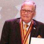 Entregan cheque sin fondo a poeta panameño José Franco. #eyPA https://t.co/yKk6JtxXQF https://t.co/GLHReYPCvR