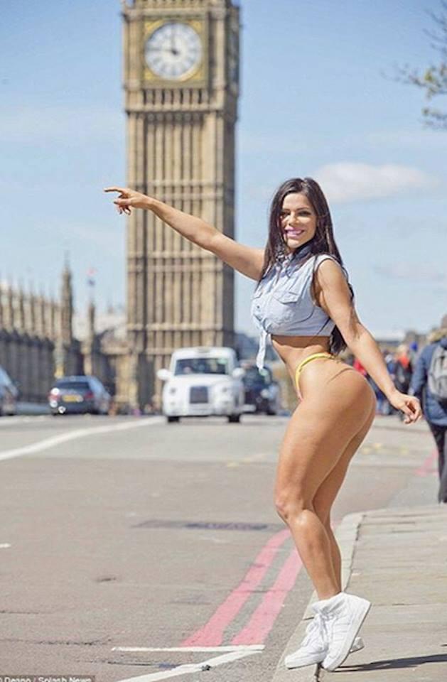 RT @PublimetroMX: Miss Bumbum, @SuzyCortez_ deslumbra en las calles de Londres ???? https://t.co/QlSiVmmT2K https://t.co/HGftiat3OJ