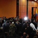 Ingresan al auditorio de @ustatunja, el ministro @SJorgeLondono y presidente @JuanManSantos, para acto de posesión. https://t.co/tv5lGLMEJf