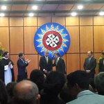 El presidente @JuanManSantos acaba de posesionar al nuevo jefe de @MinjusticiaCo Jorge Eduardo Londoño en Tunja https://t.co/TmGzczIDj0