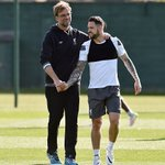 The Klopp with @IngsDanny in training today. #LFC #LFCtraining https://t.co/hEsl7Xs8x5