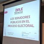 Recibe reconocimiento la Consejera Julia Hernández @Julyssa75 al concluir la conferencia en el @IVMVeracruz https://t.co/UJ7Cq7fKNP