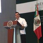 """""""Tabasco y Campeche líderes en producción de agua, oxígeno y petróleo en el país"""": Gob de Campeche @jcarloshuerta https://t.co/81BRu1r9FA"""