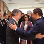 Algunas imágenes de la visita del presidente @JuanManSantos a propósito de la posesión del ministro @SJorgeLondono https://t.co/bkXOVXLGoF