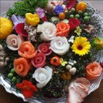 Order a stunning bouquet for #MothersDay... filled with the most beautiful & delicious flowers ???????????????? #Montreal #DDO https://t.co/UmCzstVAhK