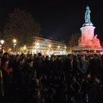 Fin de soirée avec des réunions par petit groupe. #NuitDebout https://t.co/POiGyfA5sK