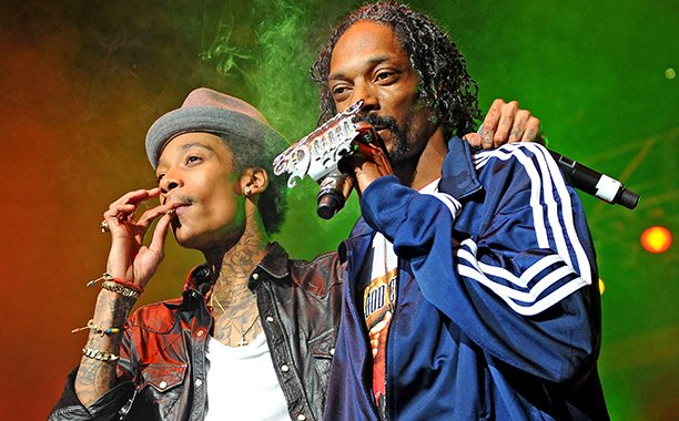 "Wiz Khalifa says Snoop Dogg tour is ""one of the things we smoked up"":"