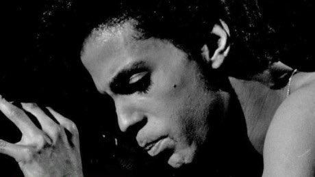 """Dear @Prince """"It's been 7 hours and 13 days"""" #7hours13days #NothingCompares2U https://t.co/WuJuRvfW6a"""