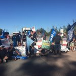 Maritime union members block entrance to @RioTinto owned Aluminium smelter near #Newcastle @1233newcastle @abcnews https://t.co/HxT2gbenES