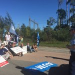 #police arrive at Maritime Union picket at Tomago aluminium smelter. @1233newcastle @abcnews https://t.co/G7WIm5QZjs