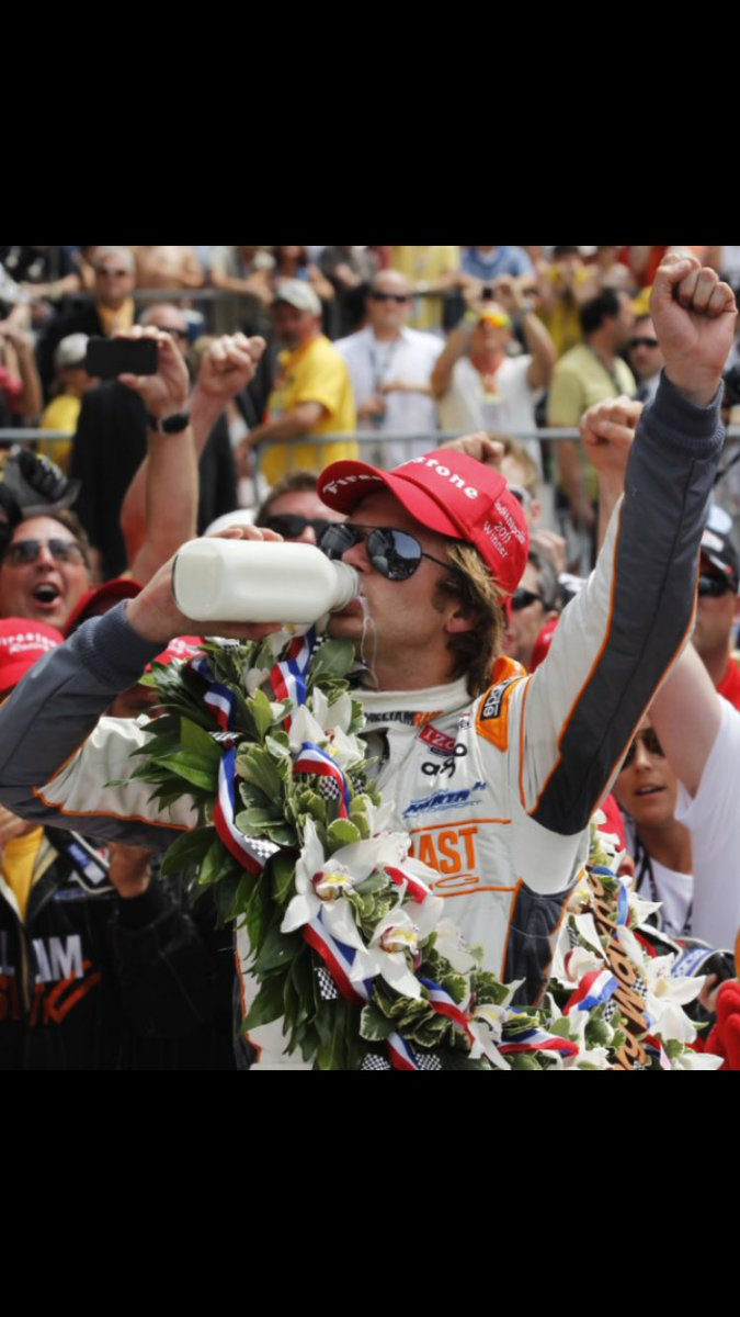 With the 100th running of the Indy 500 approaching..Let's remember who won the 100th anniversary! #DanWheldon https://t.co/ZsPxX8TpU3