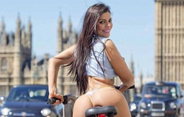 RT @Publimetrope: #MissBumBum dio un paseo por las calles de Londres… ¡en tanga! https://t.co/fbOdry2Tmw https://t.co/hR3y0k34US