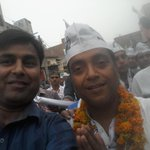 Gr8 effort by AAP Mla Sanjeev Jha g for Ward44 candidate Arun Chauhan +ve trnd n craze of mob proves gr8 work of AAP https://t.co/zCQwvFkR8V