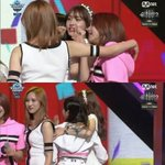I.O.I Somi with TWICE during encore winning stage earlier giving her congratulations on MCountdown! ???? #CheerUp1stWin https://t.co/JvMkR3Q9at
