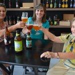 Aos 79 anos, matriarca diz que cerveja é o melhor presente no Dia das Mães https://t.co/cSNNtK5KL2 #G1 https://t.co/av4l9yO5vd