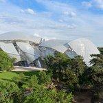 Pour profiter de ce jeudi férié, de nombreux monuments sont ouverts aujourdhui à #Paris ???? https://t.co/OepV13nEsN https://t.co/2AIW8WYvPs
