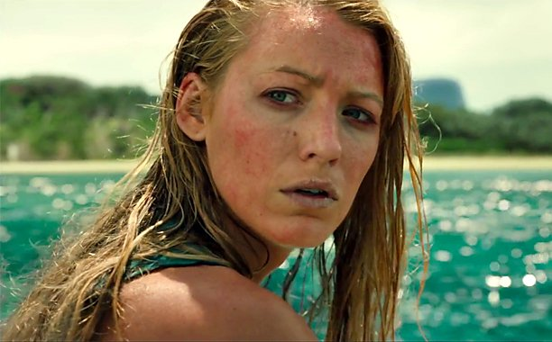 Blake Lively fights a shark in new trailer for TheShallows: