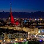 Ecco la Mole granata in omaggio al Grande Torino https://t.co/qu85Ai93Xy | foto di @bursucst #FotografaTO https://t.co/QLcDzbjFvG