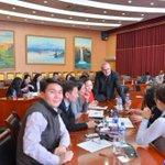 Баруунд зөвхөн АСЕМ-аар дагнаж бичдэг сэтгүүлчид хүртэл байдаг бн. Тэдний нэг Ричард Уэрли Монголд ирчиж. *Зураг үз https://t.co/4GRE9HG2sH