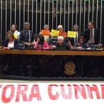 Antes tarde do que nunca. Ou antes tarde do que Cunha! #ForaCunha https://t.co/048mDlcbTS