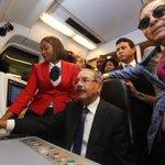 Momentos en que el presidente @DaniloMedina conduce el metro hacia SDE #AlfredoEnMetroSDE https://t.co/p9KGWlfUkG