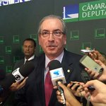 Teori determina afastamento de Cunha do mandato https://t.co/sN1tTAocQT #G1 https://t.co/UAqioRqJ6f