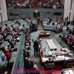 Opposition Leader Bill Shorten after his budget reply speech, House of Reps Chamber, Parliament House #auspol https://t.co/zYwhYwhEdK
