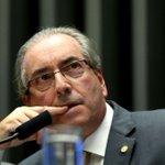 Teori afasta Eduardo Cunha do mandato na Câmara https://t.co/fGqp5k7gVc https://t.co/LfhAVLtuLe