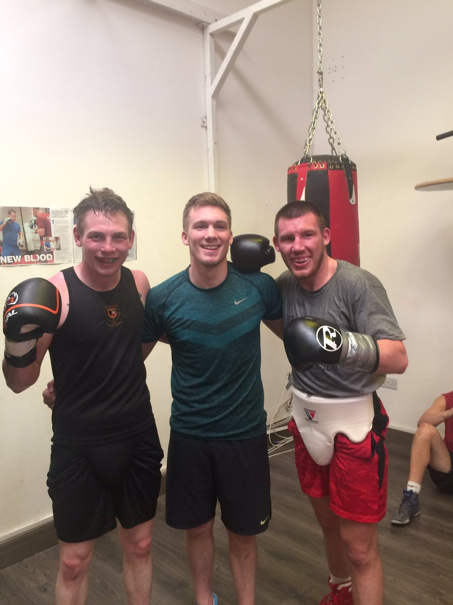 Good sparring this morning with @LiamdullW and Tony Dixon.  Great to see @nickblackwell02 in the gym too