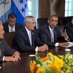 Obama se reúne con presidentes de Centroamérica y no invitaron al 🐢. Esto huele mal. Y no que estaba de gira en USA? https://t.co/yTrGYyXvtt