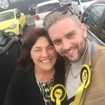 In Cumnock with @CorriWilsonSNP to show support for this lovely lady @JeaneF1 @theSNP #BothVotesSNP https://t.co/fJ2qeHjF0p
