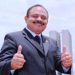 Waldir Maranhão, investigado na Lava Jato, assume a @CamaraDeputados. Pode isto @deltanmd @MPF_PGR @STF_oficial??? https://t.co/6a3eA7j7yC