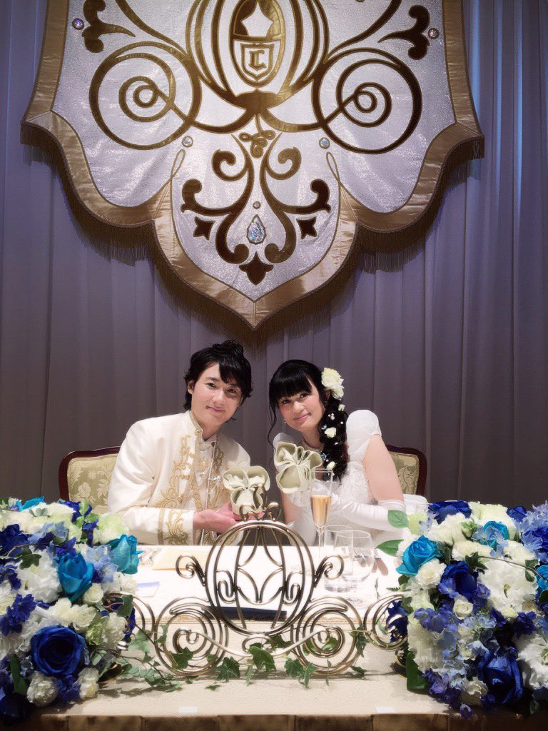 無事に本日の結婚式全て終了です!本当に沢山の方々に支えて頂き素晴らしい祝福の元、夢に描いた結婚式&披露宴を挙げる事が出来ました!皆さん本当にありがとう!凄い楽しかったです.。*゚\(。•ω•。)/゚*。. #西又葵・三宅淳一結婚式 https://t.co/jlmMzyw6Xj