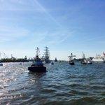 Falls sich einer fragt, wo all die anderen Schiffe sind, die am #Hafengeburtstag teilnehmen… #Hamburg https://t.co/stRnwWl5Mk