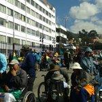 #Último,fuerte concentración de personas con discapacidad por un bono mensual de Bs. 500, altura Cervecería #LaPaz https://t.co/Cu34xm4zjN