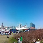 #hafengeburtstag Einlaufparade, CHECK https://t.co/khaNE6C81I