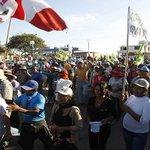 Agricultores del valle de Tambo reinician protestas contra proyecto #TíaMaría https://t.co/t8lccaY6Vm https://t.co/PteXl2QxPF