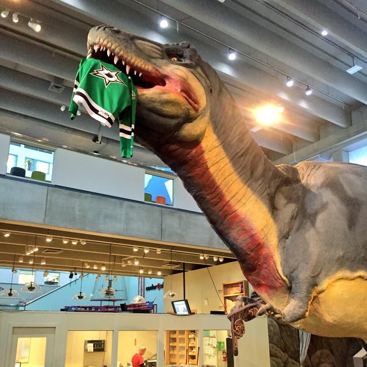 Foam Fingers✔️ Devoured @DallasStars ✔️    #LetsGoBlues #WeAllBleedBlue #Tarasenkosaurus https://t.co/tYK8E6G0MO