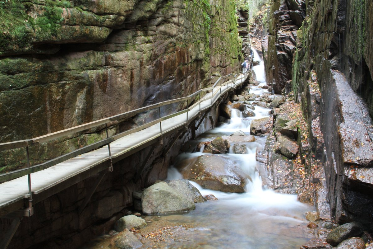 Soooo excited the Flume Gorge is opening for the season Friday! Make some time to explore this #NH natural wonder! https://t.co/sya91zEuXN
