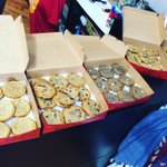 F R E E stop day eve treats from @hotboxcookies!! ❤️🍪 https://t.co/DYaaIvgm0D