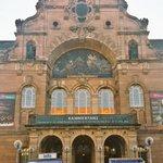 @StaatstheaterN heute mein erstes Mal im #StaatstheaterNürnberg,dazu mit #LesIndesGalantes meine erste #Rameau-#Oper https://t.co/WVoF7a4HRn