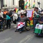 """[AHORA] Personas con discapacidad: """"Evo rendición de cuentas"""" se encuentran en alrededores Plaza Murillo #ANF https://t.co/3nATAH4ucM"""