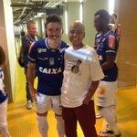 Nosso torcedor especial #Romerinho entra em campo com o @williandubgod ! #SomosTodosRomerinho https://t.co/4MPAuGAl4K