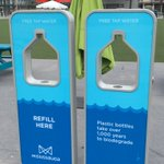 New water bottle filling stations on celebration square! Help reduce waste.  @MCSEvents @MississaugaPF https://t.co/xZRQzXaemz