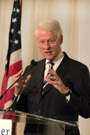 Bill Clinton, Dede Gardner discuss importance of gun safety at Brady Center's Bear Awards