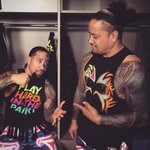.@WWEUsos caught backstage devising a plan before the main event of #SmackDown. https://t.co/IzhlxivX6e