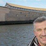 Carpintero construyó réplica del arca de Noé para cruzar el Atlántico ► https://t.co/bmNkvJv3Mm https://t.co/jmoFZRqE7Q